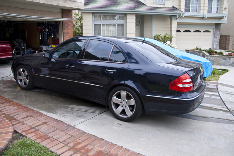 Handz detailed 2004 mercedes benz e320 dark blue for Mercedes benz 2004 e320